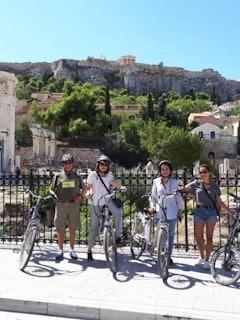 Athene Privé fietstour met E-bikes